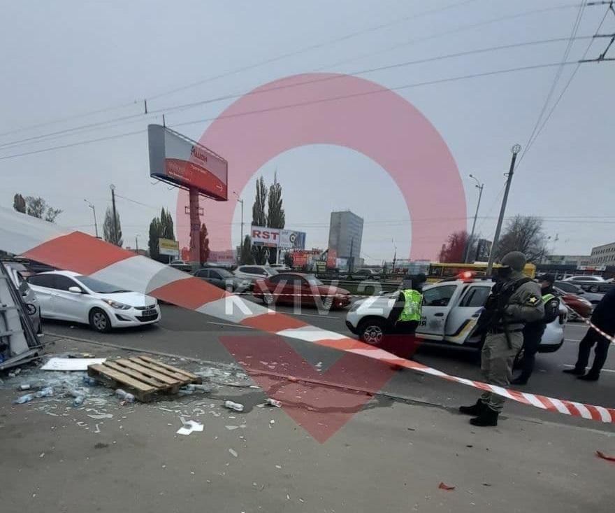 П'ятниця, 13-те: з'явилося відео (18+) смертельної аварії на Борщагівці - - photo 2020 11 13 10 59 24
