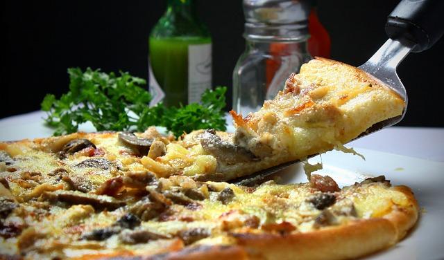 Небезпечна піца: у Києві однорічну дитину госпіталізували - отруєння, Дитина, гриби - pizza 329523 640