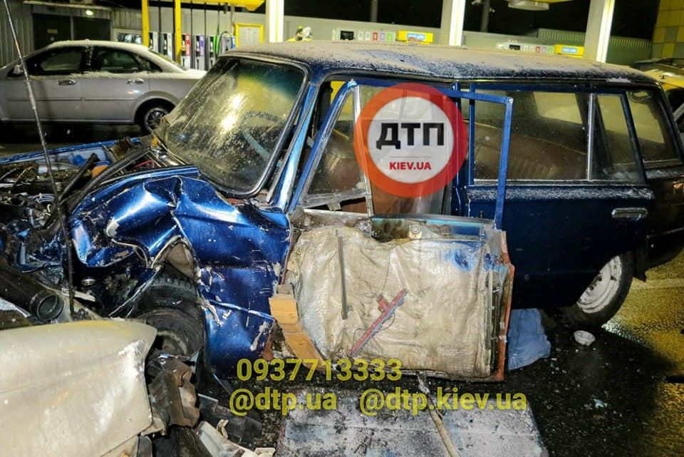 У Києві в ДТП потрапило одразу п'ять авто - легковик, дорога, Аварія - 129095433 928872294310987 7018545121226209624 n