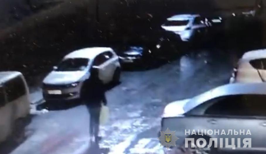 Ірпінь: підпалювачу авто оголосили підозру, за це йому світить до 10 років - підпал, підозра, автомобіль - 132917698 3621533501235129 188909802632289678 n