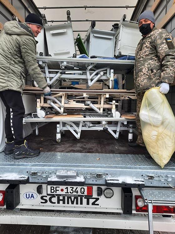 Меблі та інвентар отримала Білоцерківська лікарня №2 від благодійників - лікарня, гуманітарна допомога, благодійна допомога - 1605701211 126137268 1004575206729605 6716566039270029583 n