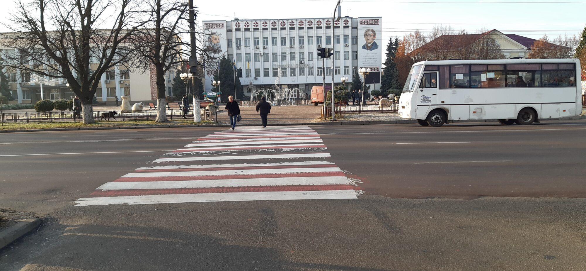 У Борисполі встановили черговий світлофор - світлофор, дороги - 20191220 092251 2000x924