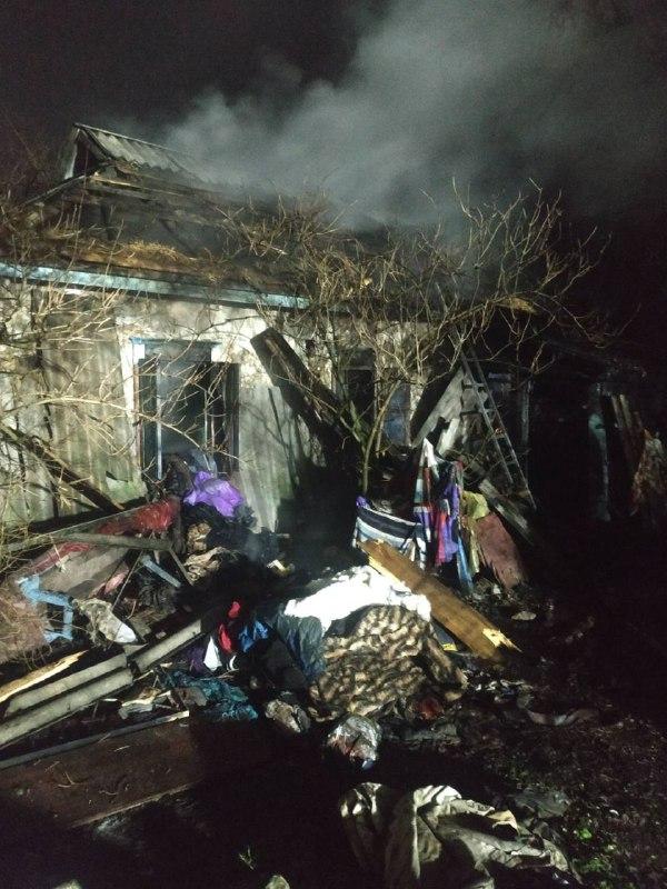 На Переяславщині вогонь знищив будинок - пожежники, Переяслав - 41addcc5 b4b7 430c b6cd a210f7d66d9d