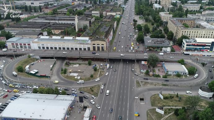 Гарантія на 50 років: на Шулявському мосту демонтували електроопори - Шулявський міст, стовпи, міст - 7887637 00eded1 shulyavskiy most