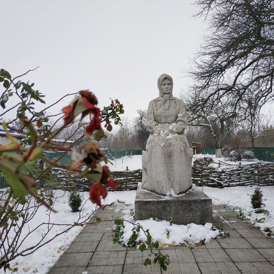 Нев'янучі квіти  Катерини Білокур - художниця, талант, національна культура, Катерина Білокур - Bilokur osn 1