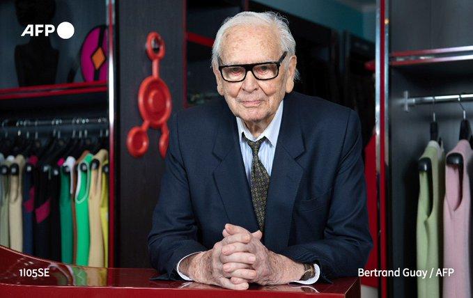 У віці 98 років помер відомий модельєр П'єр Карден - смерть, Модельєр, Карден - EqZzYhlXcAIMPs1.jpeg