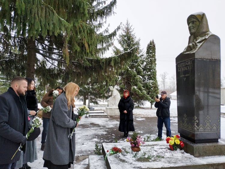 Нев'янучі квіти  Катерини Білокур - художниця, талант, національна культура, Катерина Білокур - Pokladan kvitiv