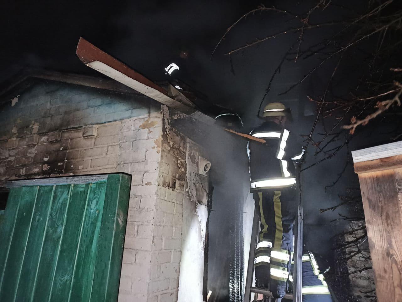 Нічна пожежа на Вишгородщині: загинула бабуся - смерть, рятувальники, пожежа будинку, Димер, Вишгородський район - Pozh3