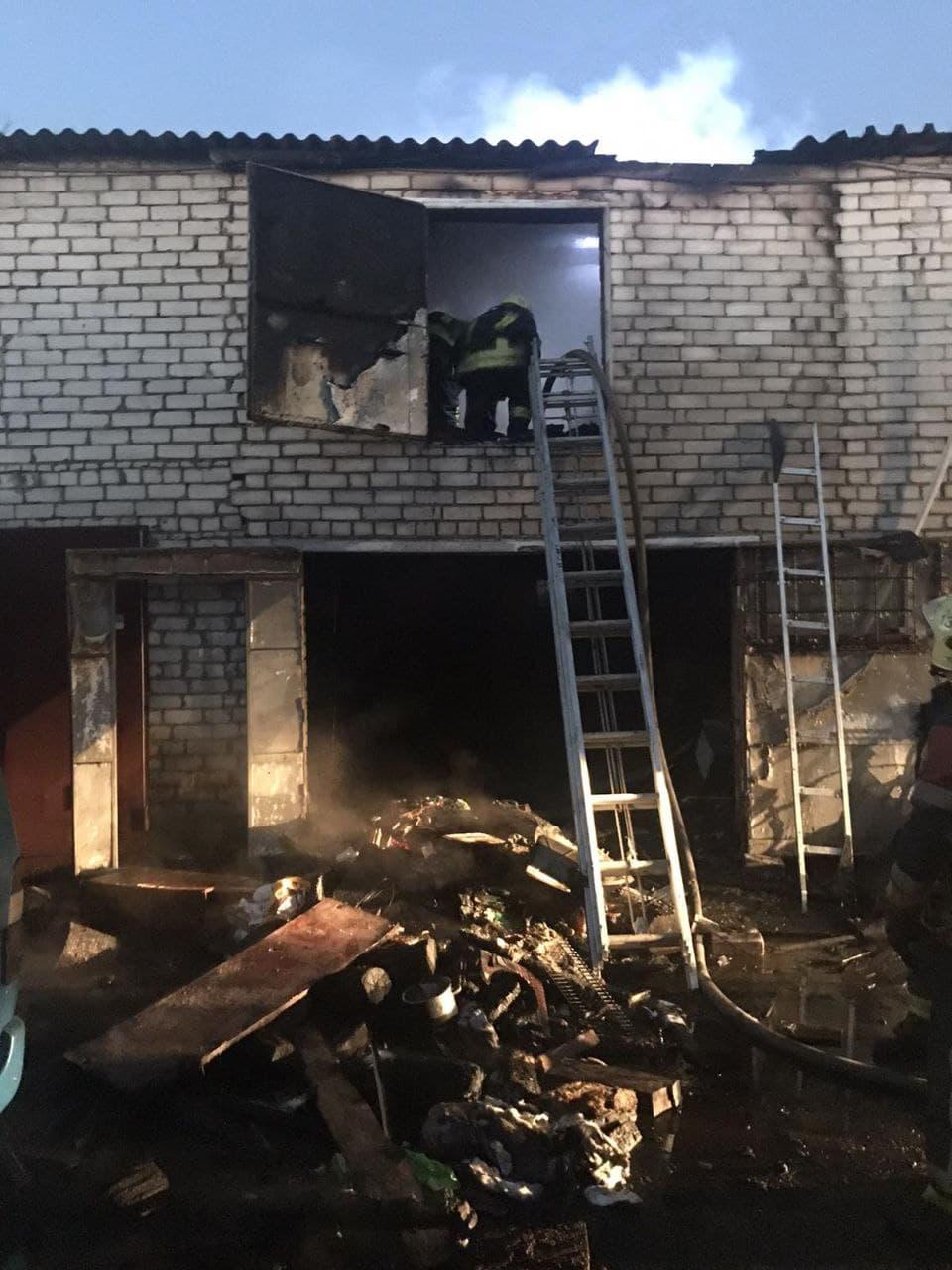 У Києві скоєно 80 крадіжок за добу - тяжкі тілесні ушкодження, пожежники, крадіжка, загоряння, Грабіж - photo 2020 12 07 08 48 26
