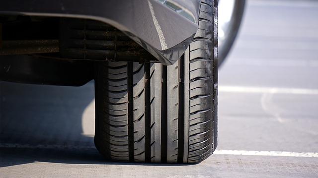 Власники Kia і Hyundai повертають авто: більше 40 000 автівок мають проблеми - загорання автомобіля, автомобіль, автовиробництво - tyre 1714669 640