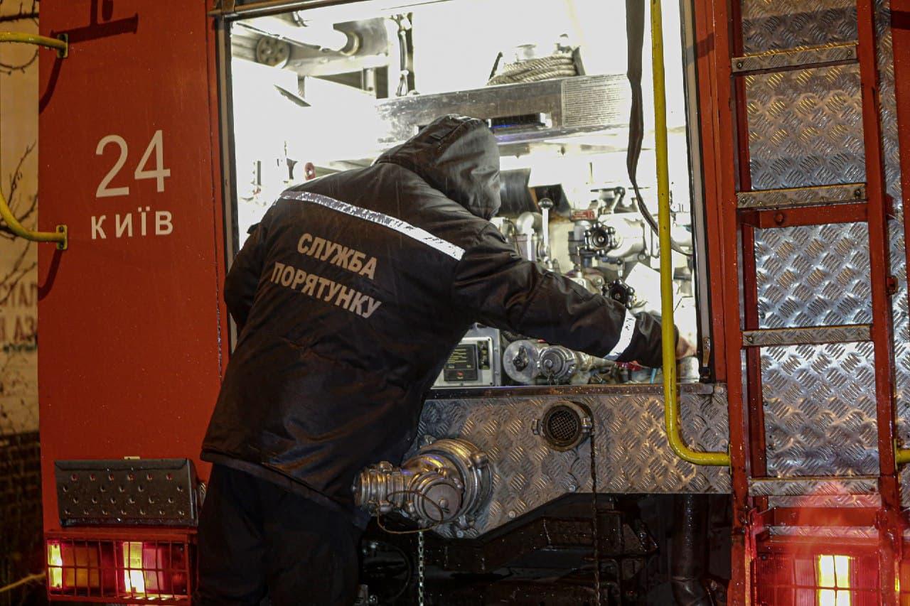 Пожежі та напади: небезпечний Київ минулої доби - напад, крадіжки, загоряння - 136064163 3624070817672834 9140114371700839527 o