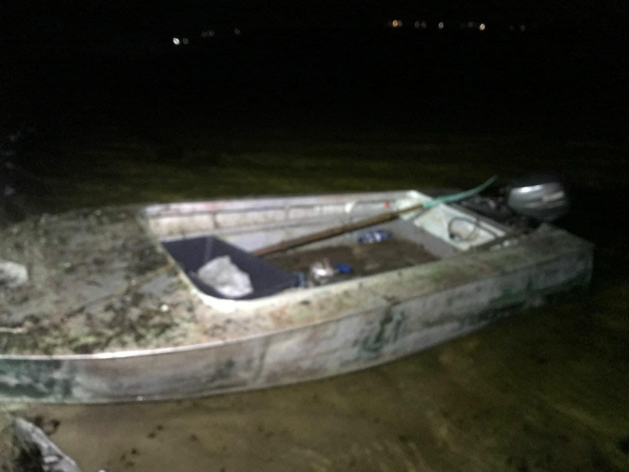 Бориспільщина: чоловік залишився без човна через риболовлю - Човен, рибалки - 140737236 2482068735434608 3854252673494328098 o