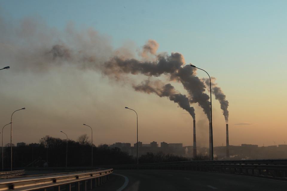 Шість причин, через які Україна ще досі не скоротила викиди - шкідливі викиди, промисловість, Інвестори, забруднене повітря, електроенергія - 21 vybrosy
