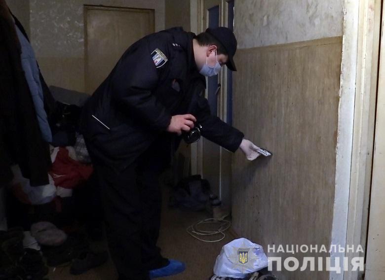 У Києві за добу сталося більше 100 крадіжок - угон авто, крадіжки, вбивство - 26.01qwe2