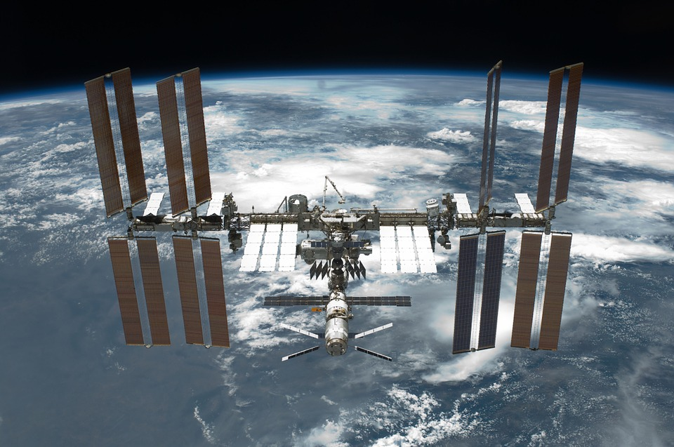 Названо імена туристів, які полетять на МКС вже в цьому році - туристи, орбіта, МКС, космос, космічний туризм - 27 turysty2