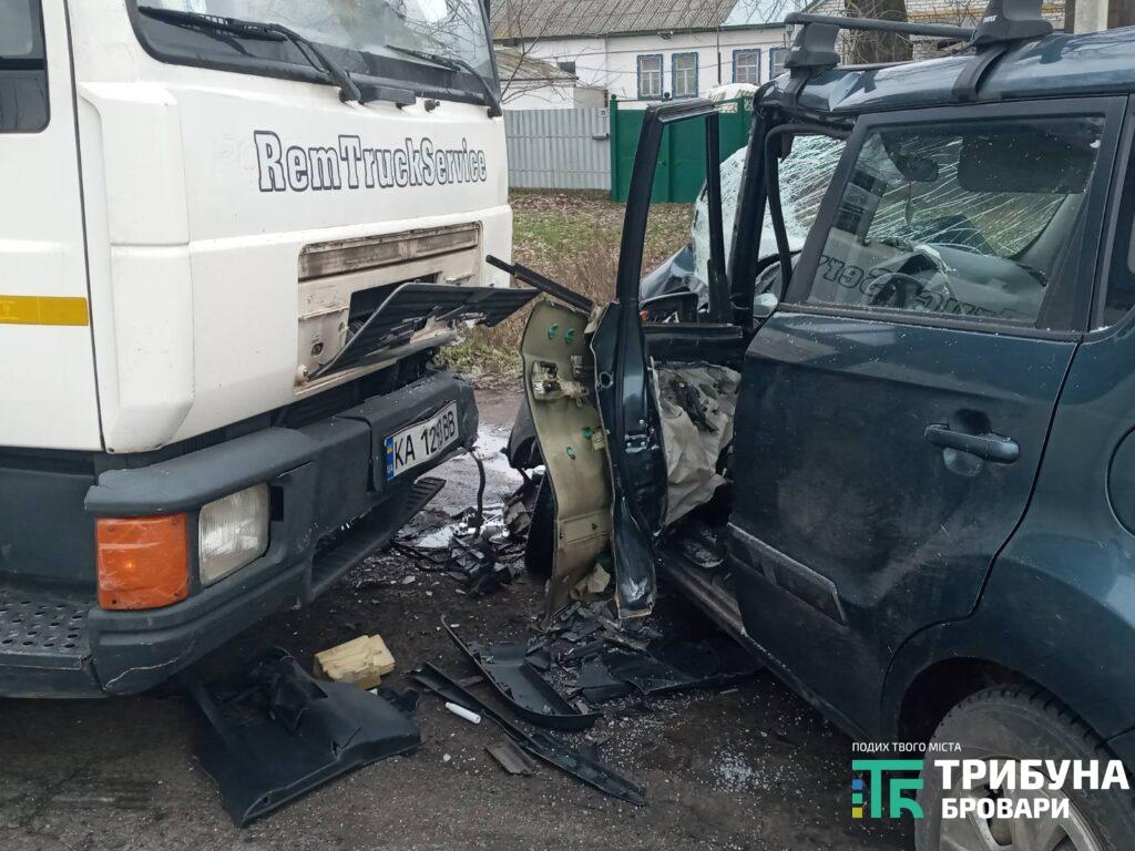 Під Броварами у ДТП з вантажівкою постраждав дідусь - постраждалий, вантажівка, Аварія на дорозі - 4 1024x768 1