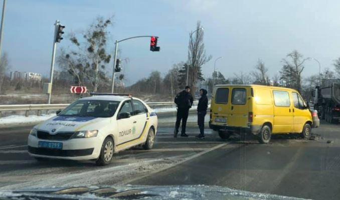 ДТП у Бучі: іномарка знесла стовпа - київщина, ДТП, Бучанська ОТГ - Bucha 2 avar 1