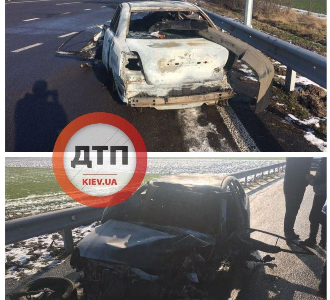 На Одеській трасі під Києвом водій Тойоти згорів під час аварії - ДТП з потерпілим, автомобіль, Аварія на дорозі - D