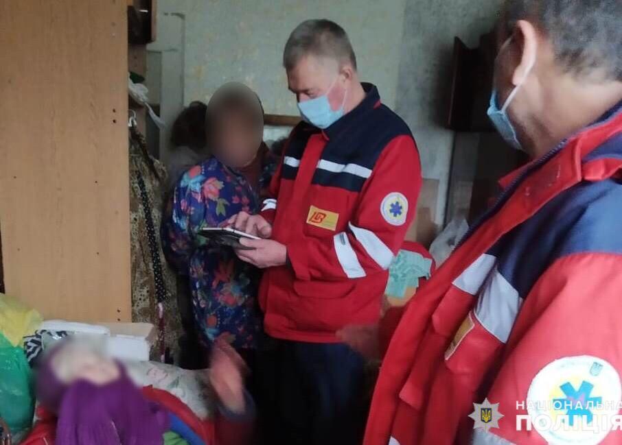 У Фастові врятували бабусю з власної квартири - порятунок життя, поліція Київської області, бабуся - Fastiv3