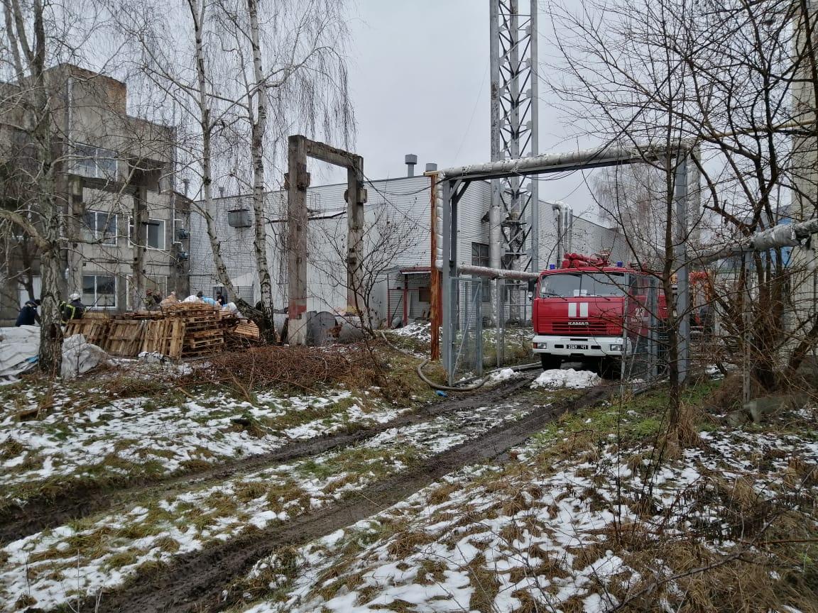 У Борисполі горів склад - склади, пожежа, вогонь - IMG 20210124 WA0004