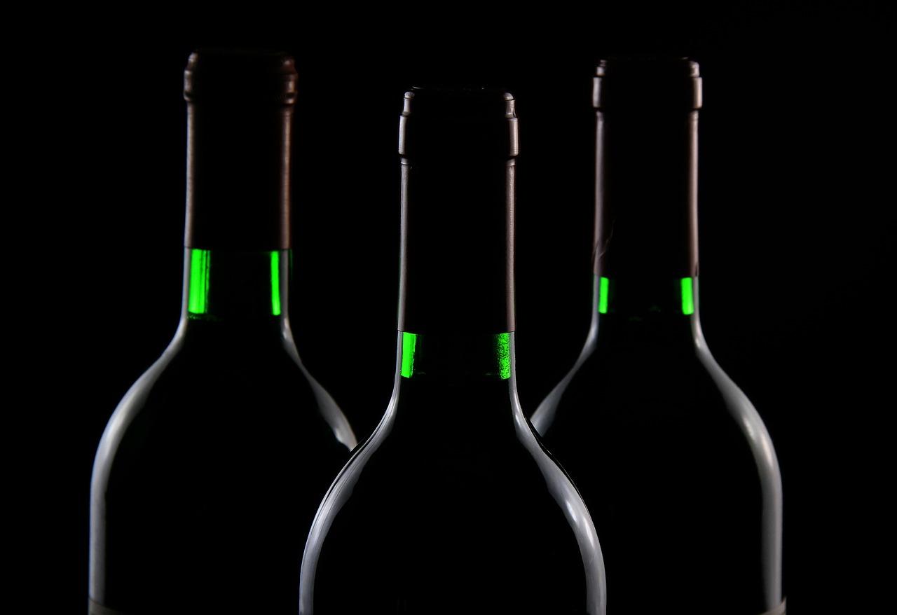 Вартість вина підвищилась: встановили нові мінімальні ціни - ціни, подорожчання, вартість, алкогольні напої - bottles 50573 1280