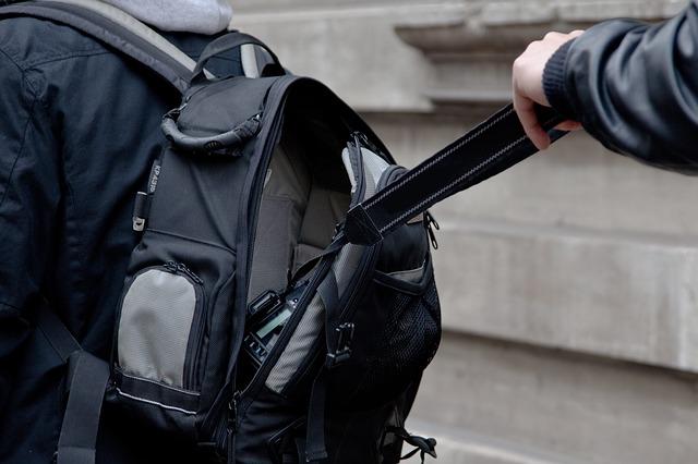 У Києві за добу зафіксували більше 60 випадків крадіжок - Поліція Києва, крадіжки, крадіжка авто - camera 2292843 640