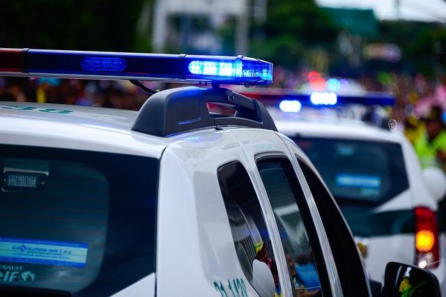 Небезпечний Київ: крадіжки, пожежі та врятовані життя - рятувальники, пожежі, крадіжки - car 1531274 640