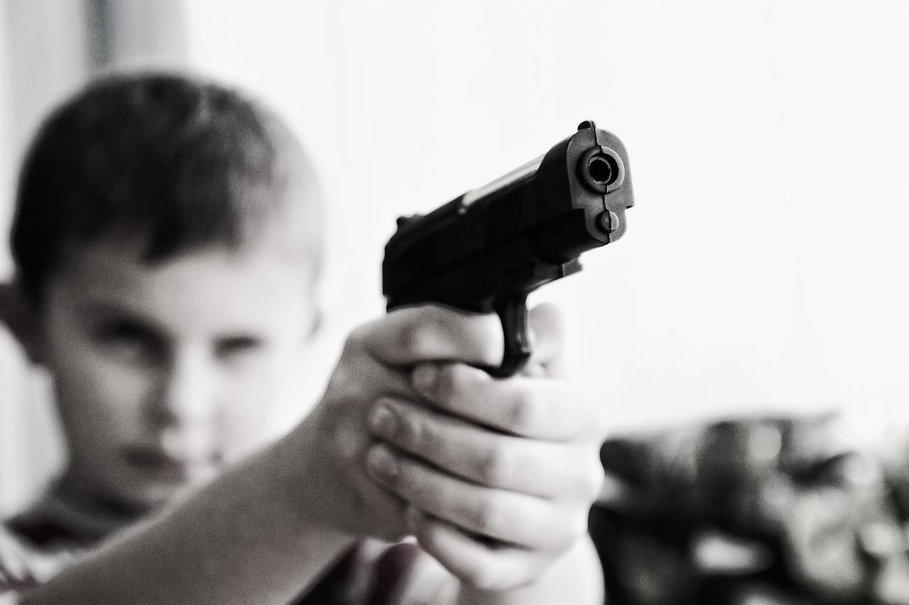 За рік в Україні діти скоїли майже 4,5 тис. злочинів - злочинність, злочин, Діти - child 424772 1280