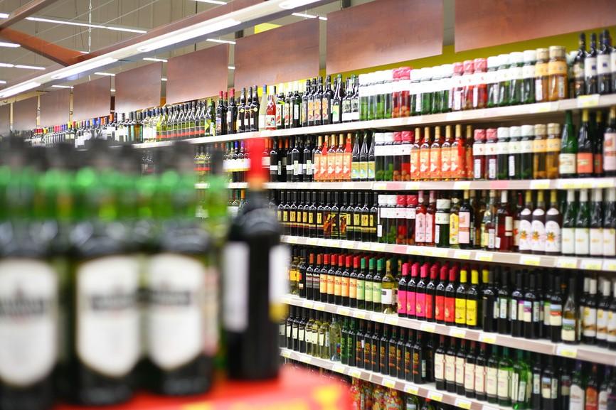 Вино подорожчає: таким чином уряд хоче підтримати національних виробників - подорожчання, вартість, алкогольні напої - polki