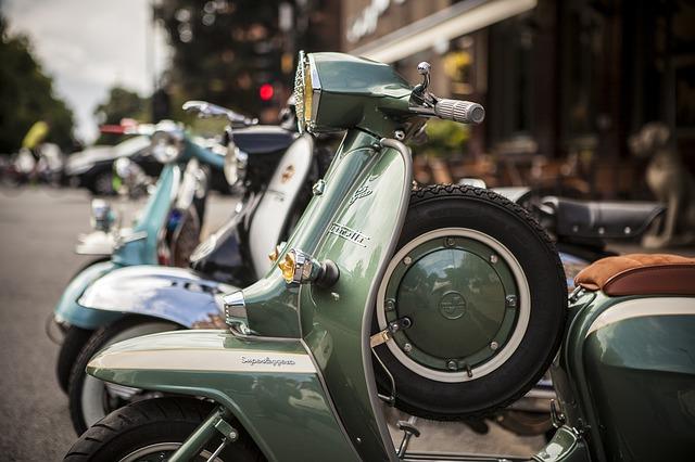 У Києві за добу зафіксували більше 60 випадків крадіжок - Поліція Києва, крадіжки, крадіжка авто - scooter 4062921 640