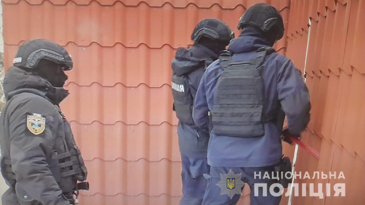 Їх заборонили – вони працюють: у Сквирі «прикрили» гральний салон - Сквира, поліція Київської області, гральний заклад, гральний бізнес - skvyraigr1