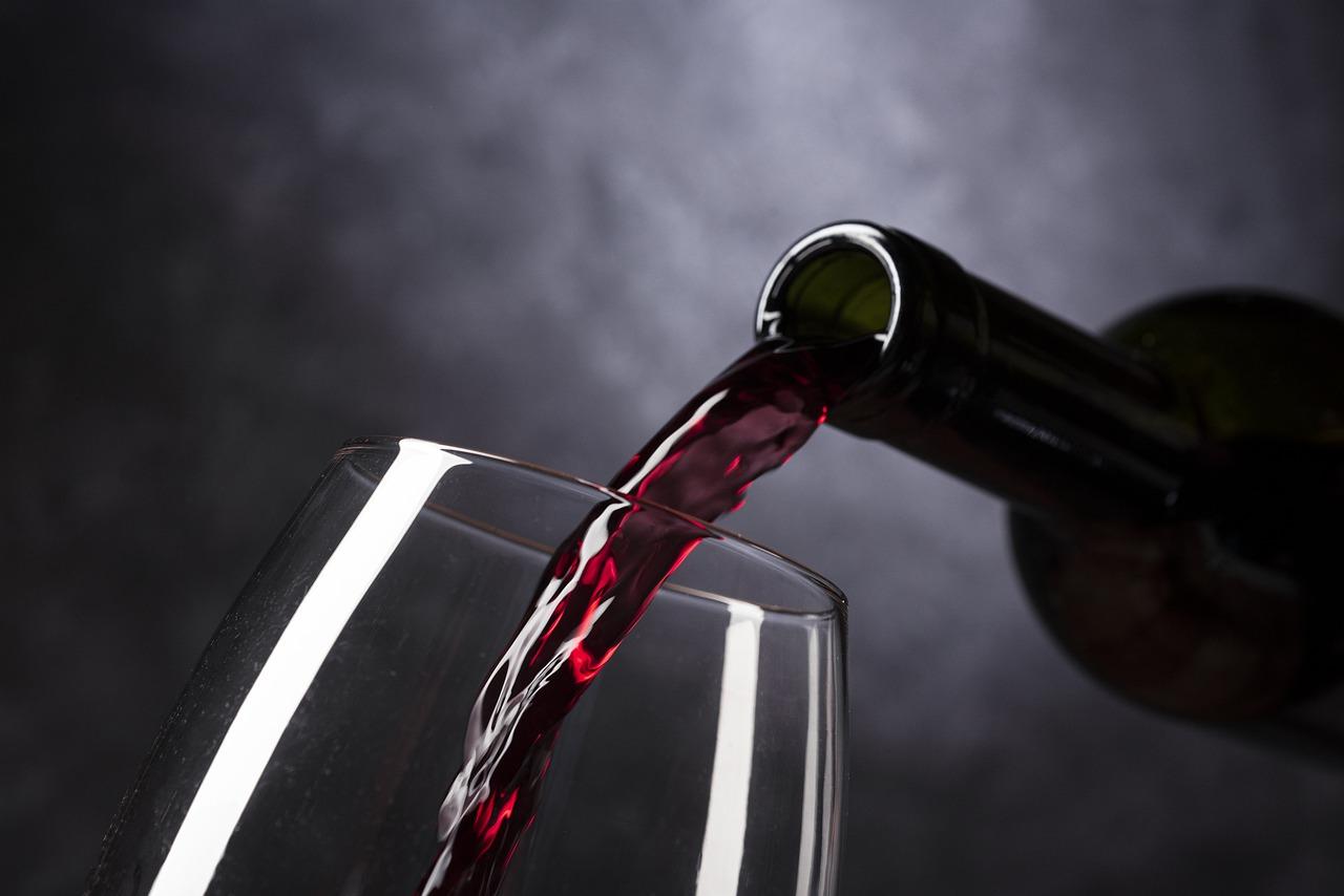 Вартість вина підвищилась: встановили нові мінімальні ціни - ціни, подорожчання, вартість, алкогольні напої - wine 4813260 1280