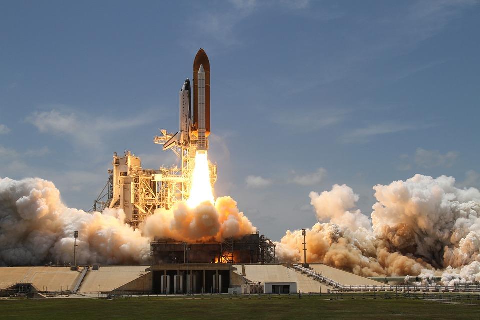 SpaceX відправить місію в космос з мільярдером на борту - космос, космічний корабель, Ілон Маск, SpaceX - 03 raketa3
