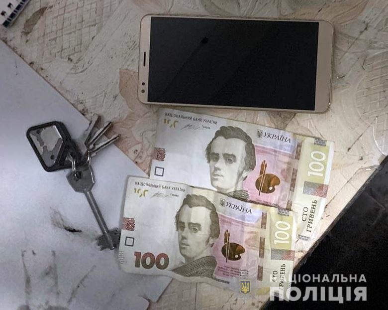 Крадіжки, напади та підпали: у Києві минулої доби було неспокійно - підпал, напад, крадіжка, загорання - 11.02.2021svjatrozb2