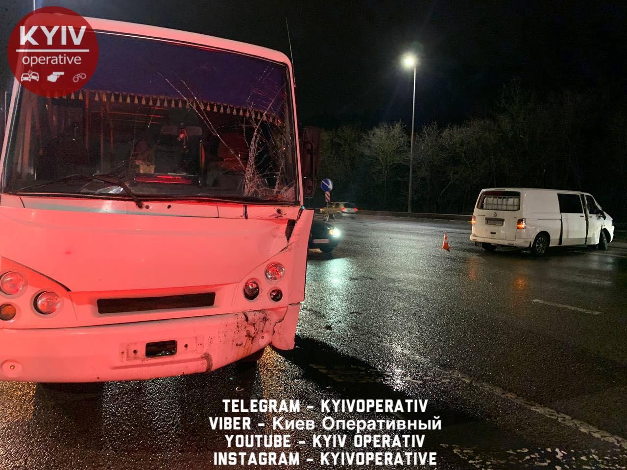 Мікроавтобус врізався у маршрутку: аварія на Житомирській трасі -  - 146113097 1194511240944960 2439601001003777988 o