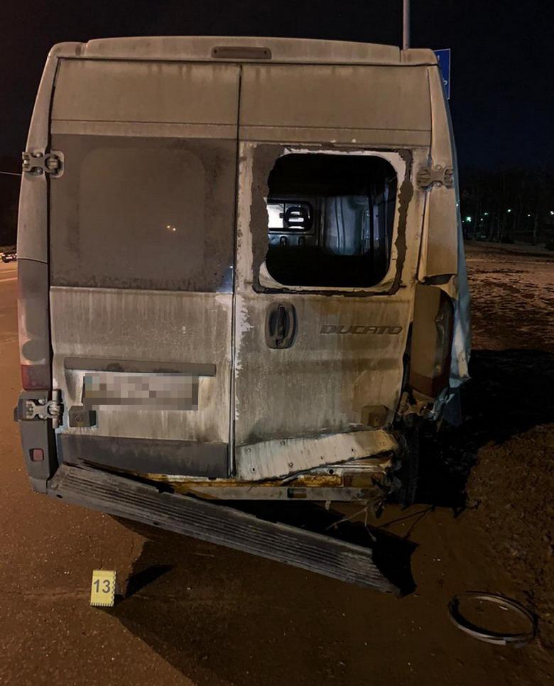 На Броварському проспекті сталася смертельна ДТП - легковик, Аварія на дорозі - 147171400 3686003084788769 534311704218528846 o