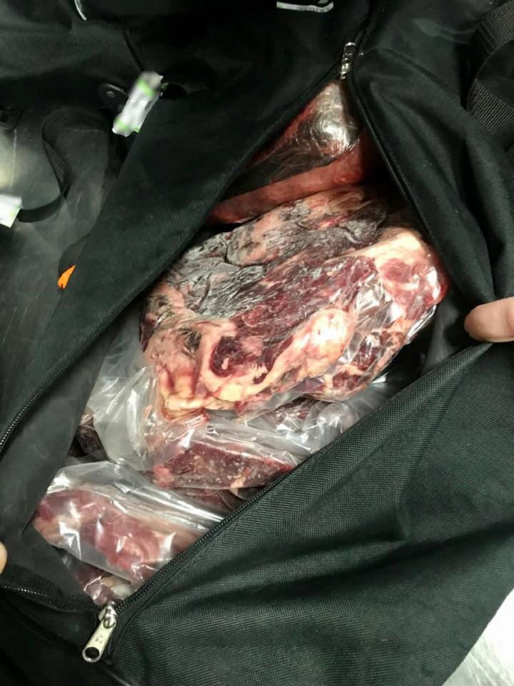 У аеропорту «Бориспіль» затримали чоловіка із 150 кг сирого м'яса - Київська митниця, іноземець - 148941105 3880275035366596 763094397489701952 n