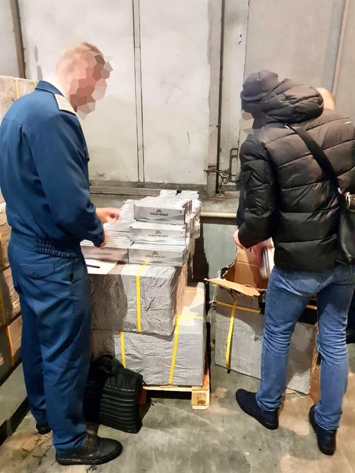 В Україну намагалися незаконно ввезти 10 тонн сигарет - сигарети, Київська митниця, аеропорт «Бориспіль» - 149185890 3877872292273537 4161412258820640222 n