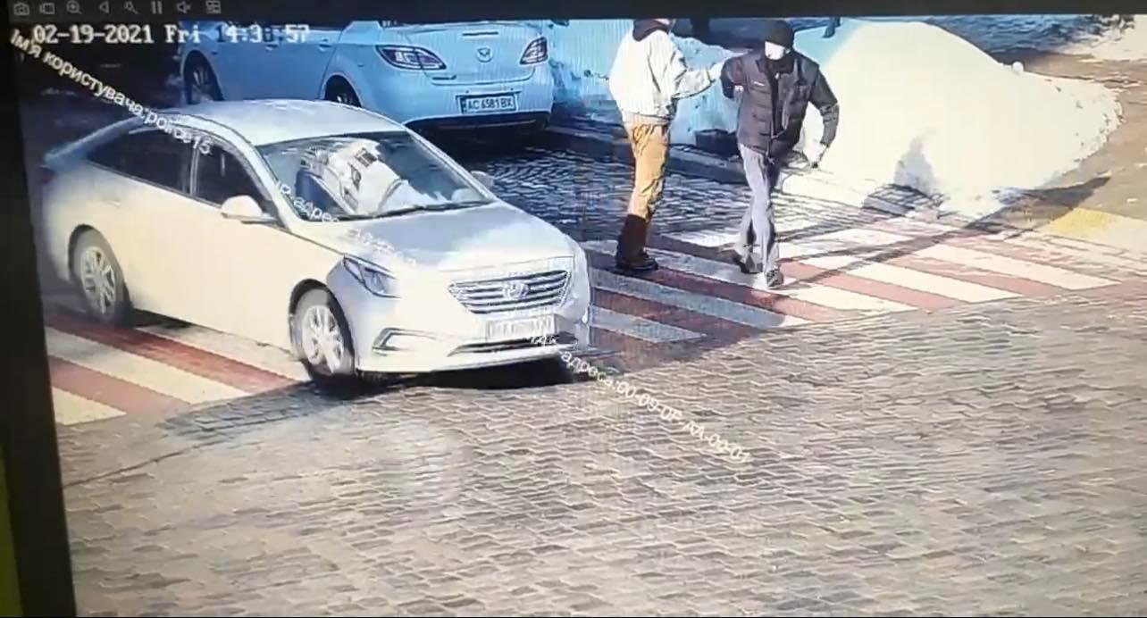 Смертельний удар: у Києві розшукують підозрюваного у вбивстві - смерть, План, пішохідний перехід, вбивця - 151454648 1203842520011832 7811415094144103428 o