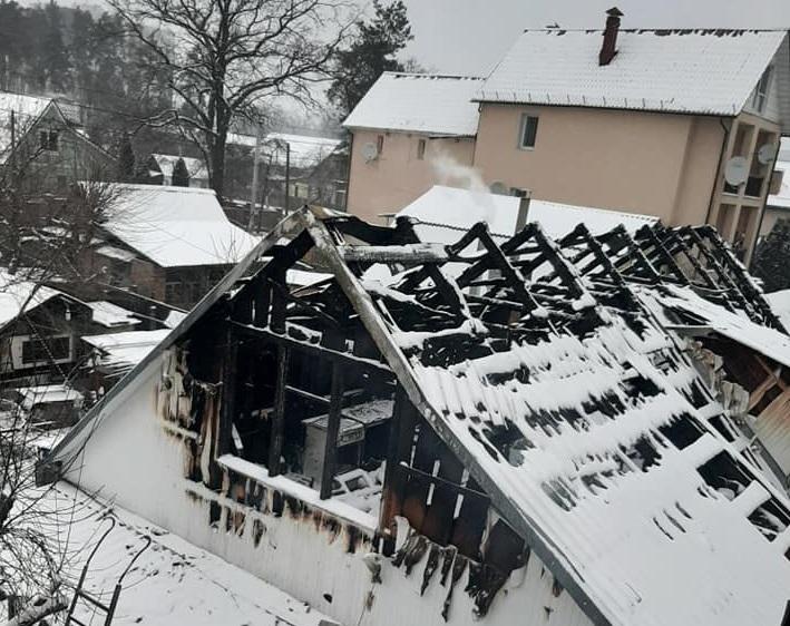 Погорільці з Ірпеня потребують допомоги - Приватний сектор, загорання житлового будинку, житловий будинок, ДСНС, вогонь - 2 1