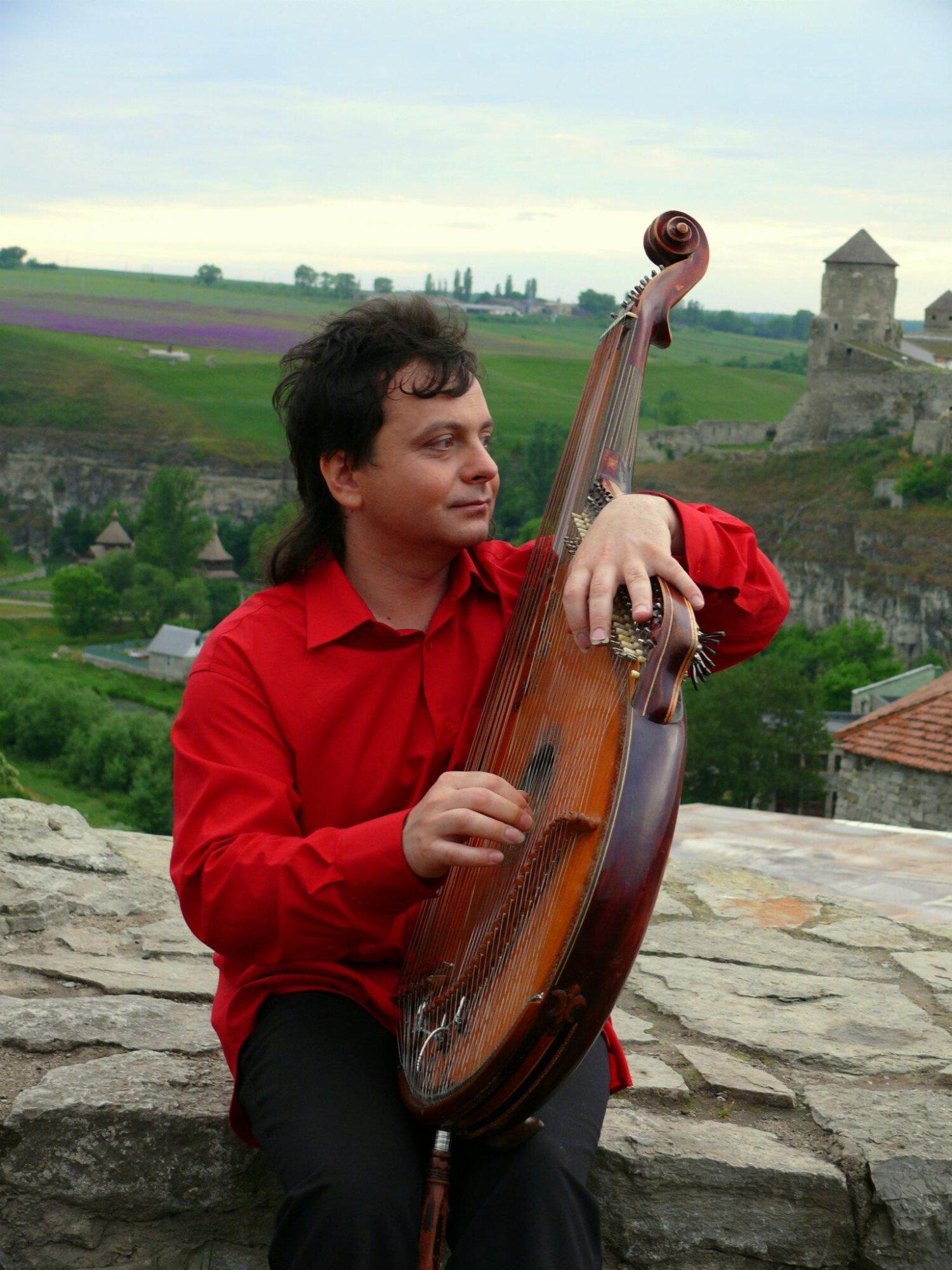 В Обухові виступить всесвітньовідомий бандурист - народний артист України, концерт, бандура - 209611 471551939530670 602607271 o 1500x2000