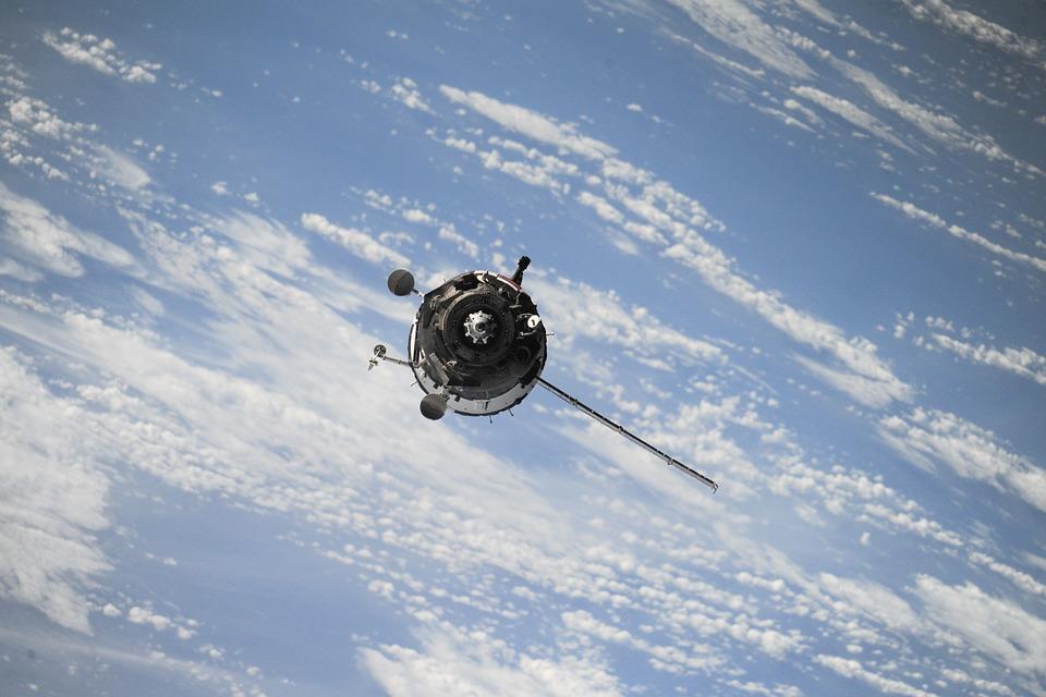 «Повернення на орбіту»: за п'ять років Україна планує запустити вісім супутників - супутник, ракета-носій, орбіта, космос, Земля - 23 ukrayna