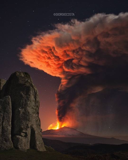 В Італії зафіксували нове виверження найактивнішого вулкана Європи - Італія, Європа, гори, вулкан - 23 vulkan