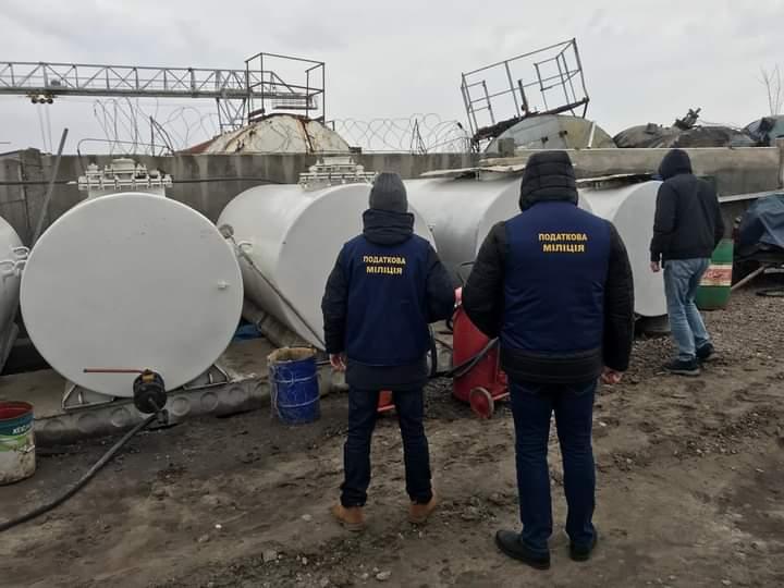 Незаконне пальне вартістю 17,6 млн грн вилучили на Київщині - Пальне, Миронівка, Акциз - FB IMG 1613035297120