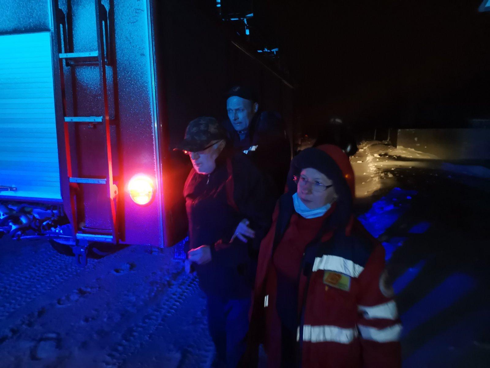Баришівський район: снігові замети ускладнюють роботу медикам - Швидка допомога, сніг, рятувальники - IMG 9e33ca8f4404e0e38dc68ed984c94a0a V