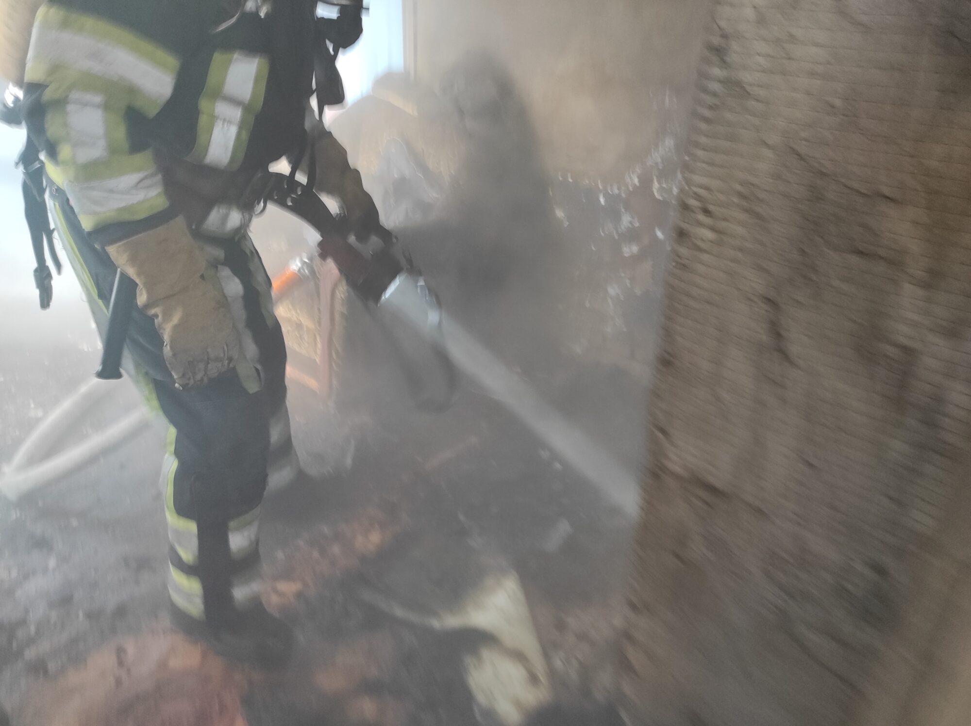 На Білоцерківщині спалахнув  приватний будинок - загорання житлового будинку, вогнеборці - IMG 20210219 093734 2000x1497
