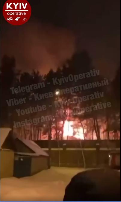 У Конча-Заспі горів будинок - загорання житлового будинку, житловий будинок - Screenshot 7