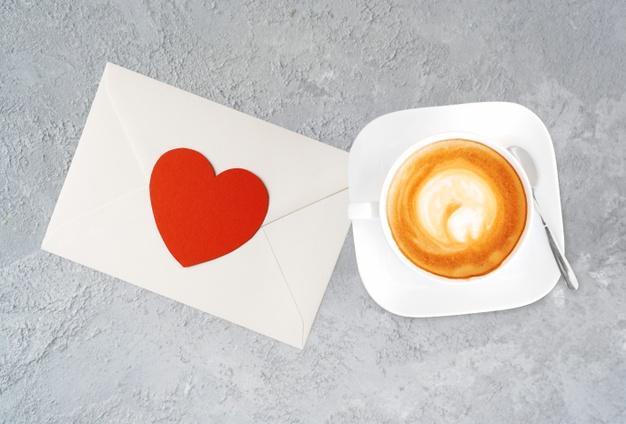 Що подарувати у День всіх закоханих - українці, подарунки, закохані, День всіх закоханих, День Валентина - a cup of tasty cappucino and valentine letter with heart 252907 21