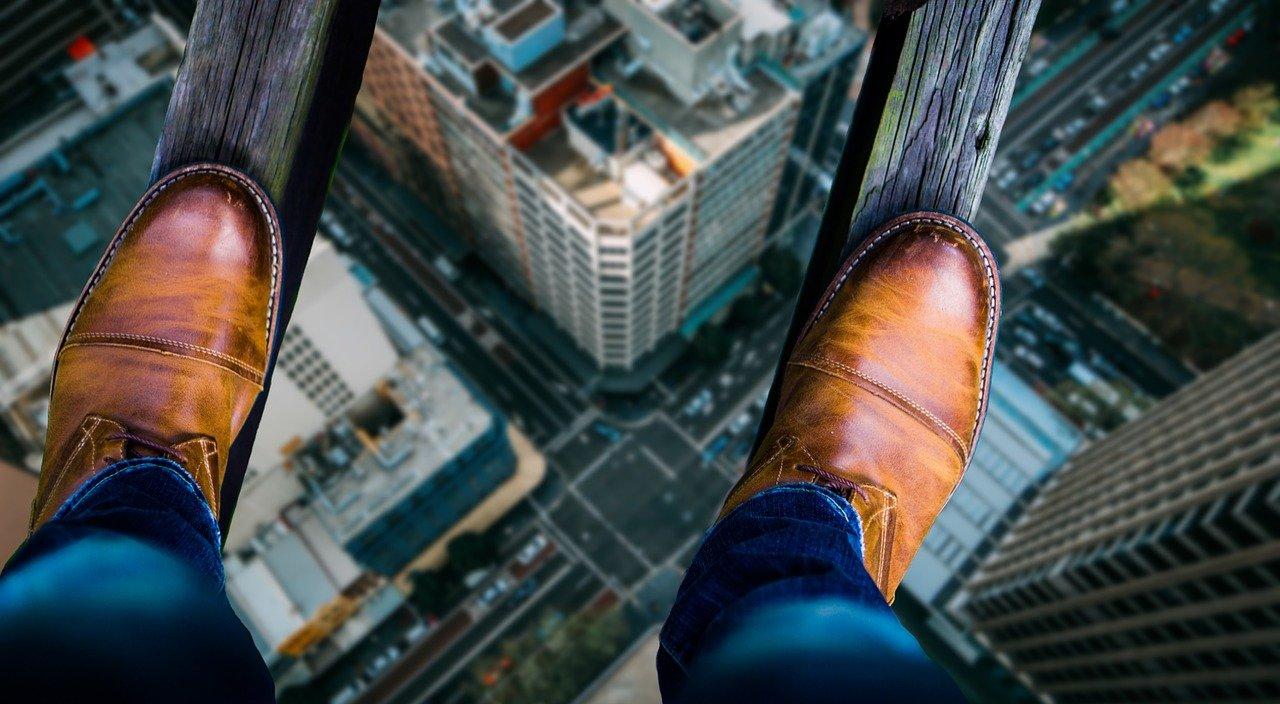 Падіння з висоти: у Києві чоловіки розбились насмерть - смерть, самогубство, Падіння з вікна - balance 2034239 1280