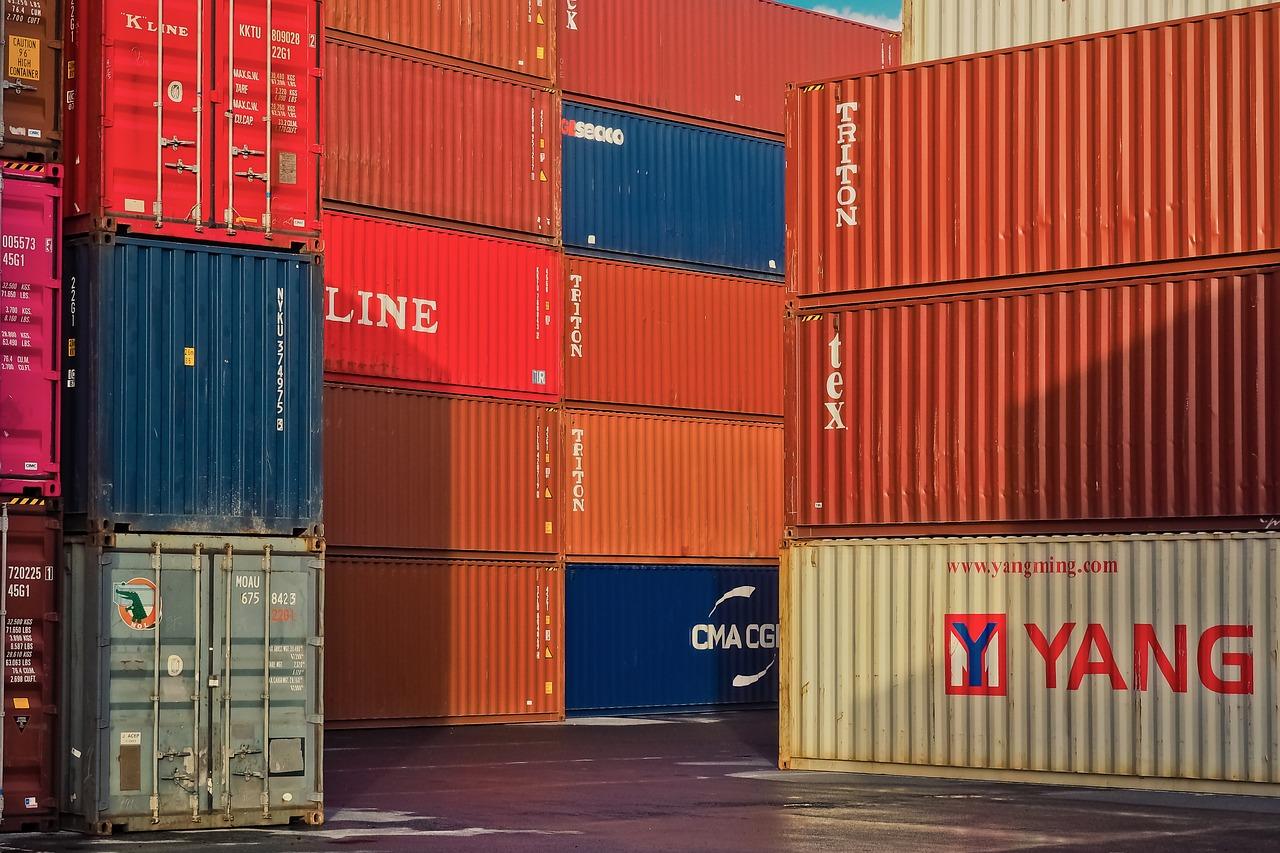 Україна стала менше завозити товари з Росії - торгівля, товари, Росія, імпорт, експорт - container 3857616 1280